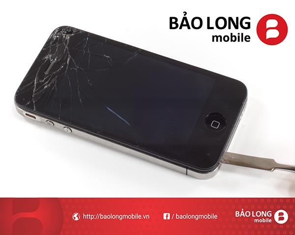 thay thế màn hình cảm ứng iPhone 4 giá rẻ chất lượng ở đâu?