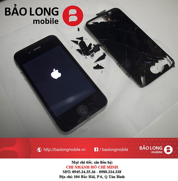 Đánh giá giá thành thay mới mặt kính iPhone 4 trong HCM