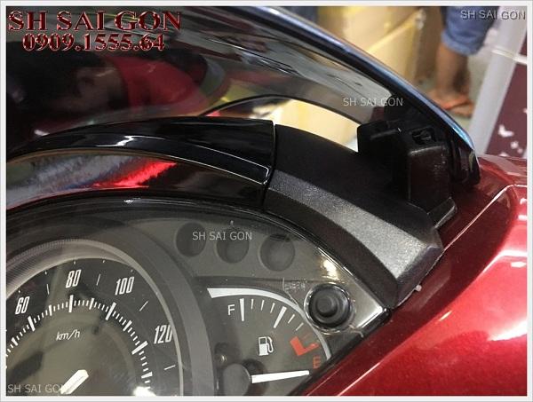 Hình ảnh gác chân Biker nhôm nguyên khối cực ngầu cho xe SH 2017 giá cực rẻ cao cấp tại HCM