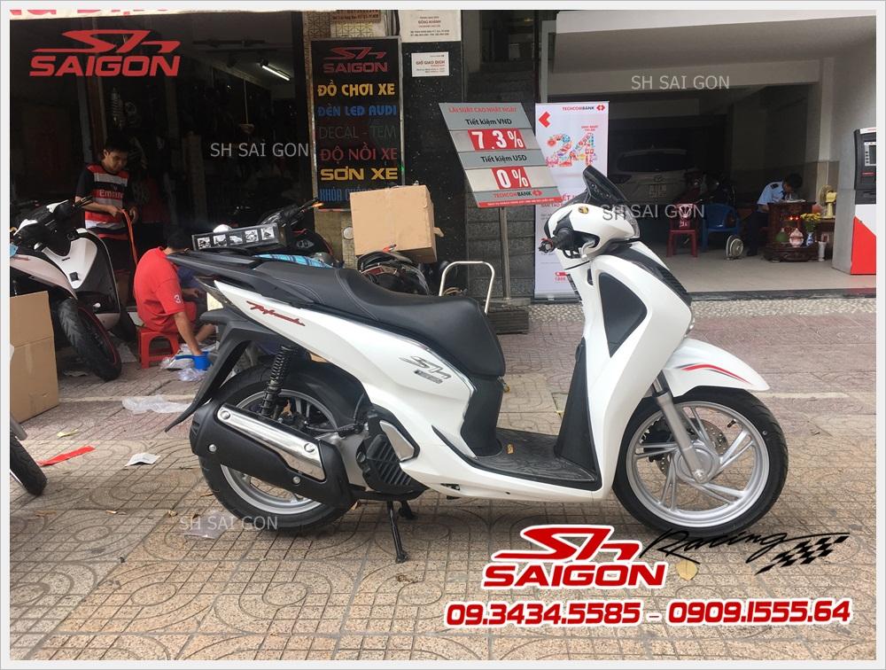 do-combo-body-kit-300i-dang-cap-gia-re-cho-xe-sh-vn-2017005