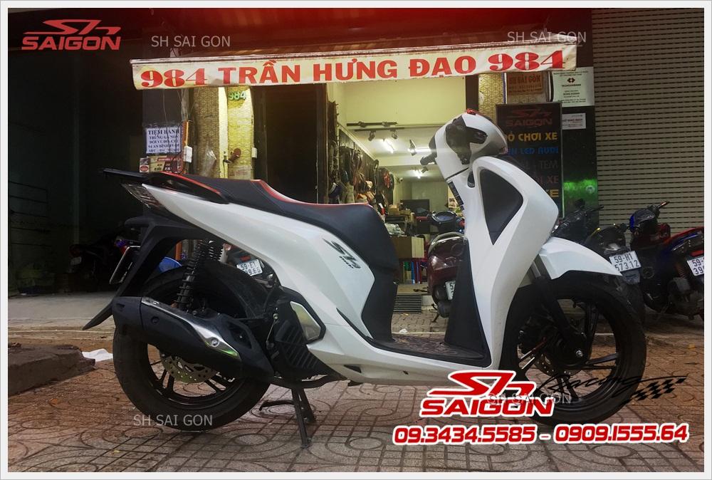 Photo sơn xe SH sporty uy tín giá ưu đãi tại Sài Gòn